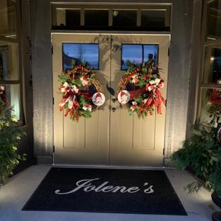 Jolene's Decorating