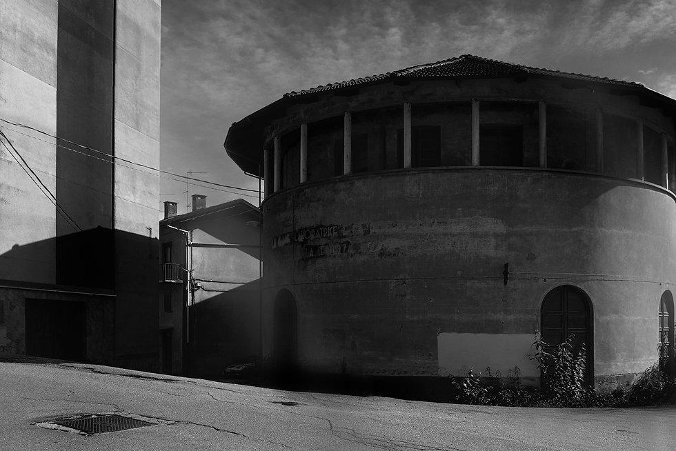 cinema aurora, italy, urbex, abandoned