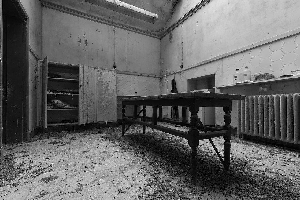 Retreat Morgue, York, Abandoned, Urbex
