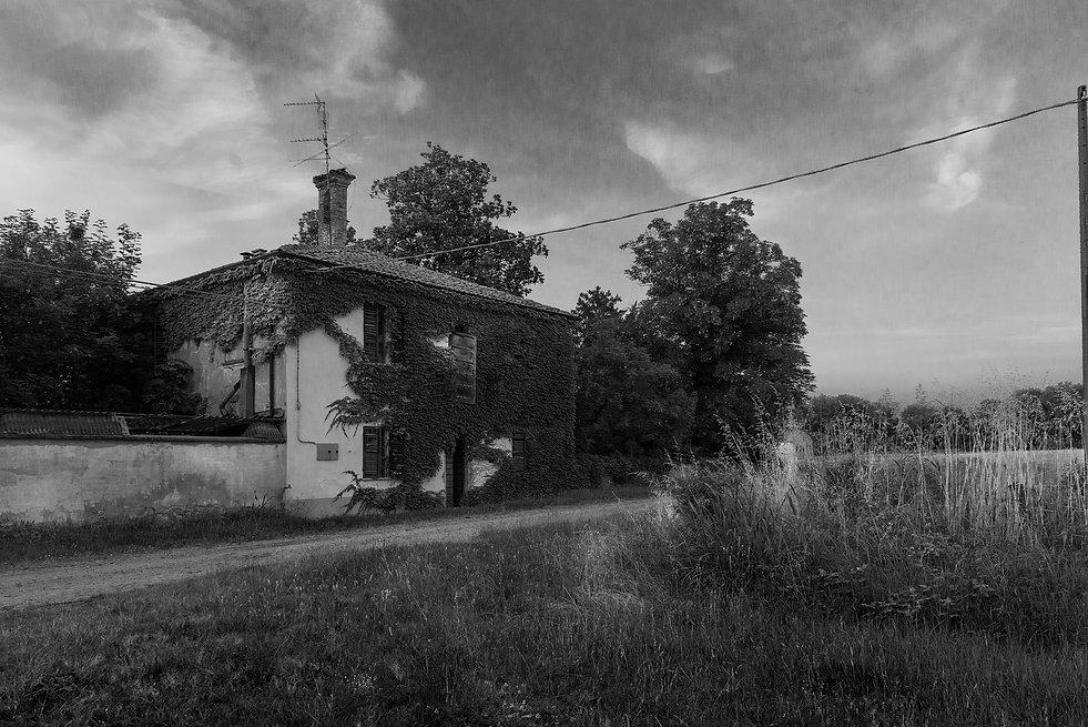 la casa dell' allenatore, italy, urbex, abandoned
