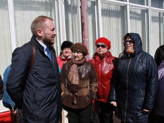 """Встреча """"Оплота"""" с садоводами, которым отменили 145 маршрут"""