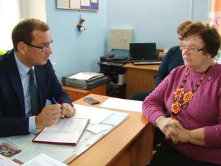 Дмитрий Сахань организовал выездную приемную