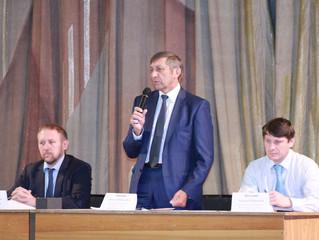 По приглашению «Оплота» глава областного минпрома Белов встретился с отчаявшимися дачниками