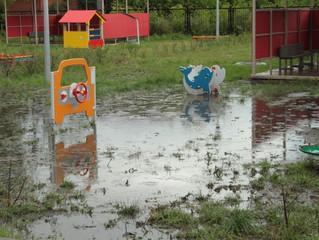 «Оплот» поможет очистить от постоянной грязи детскую площадку в Омске