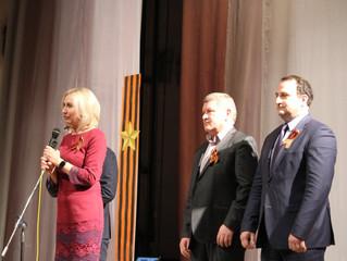 Депутаты «Оплота» подарили жителям города Омска концерт ко Дню Победы