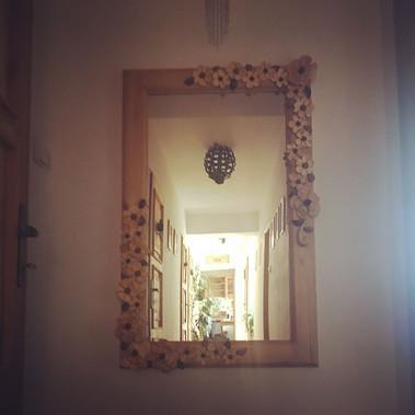 Květinové zrcadlo