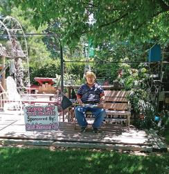 Yard of the Month Winner for June 2017, Glenn Nelson