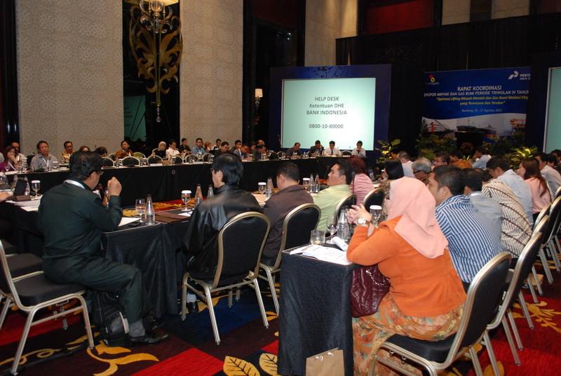 Pertamina 2012 - rapat ekspor minyak dan