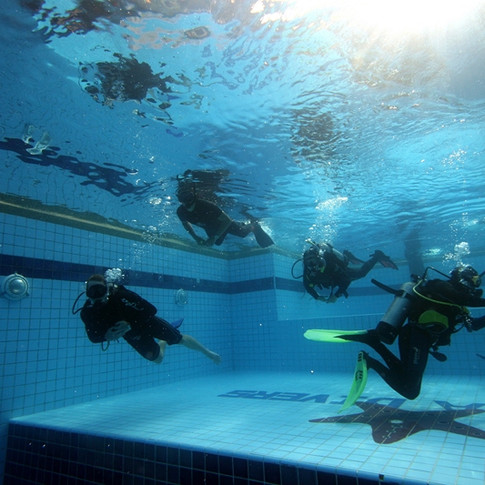 Pool Try Dive Session