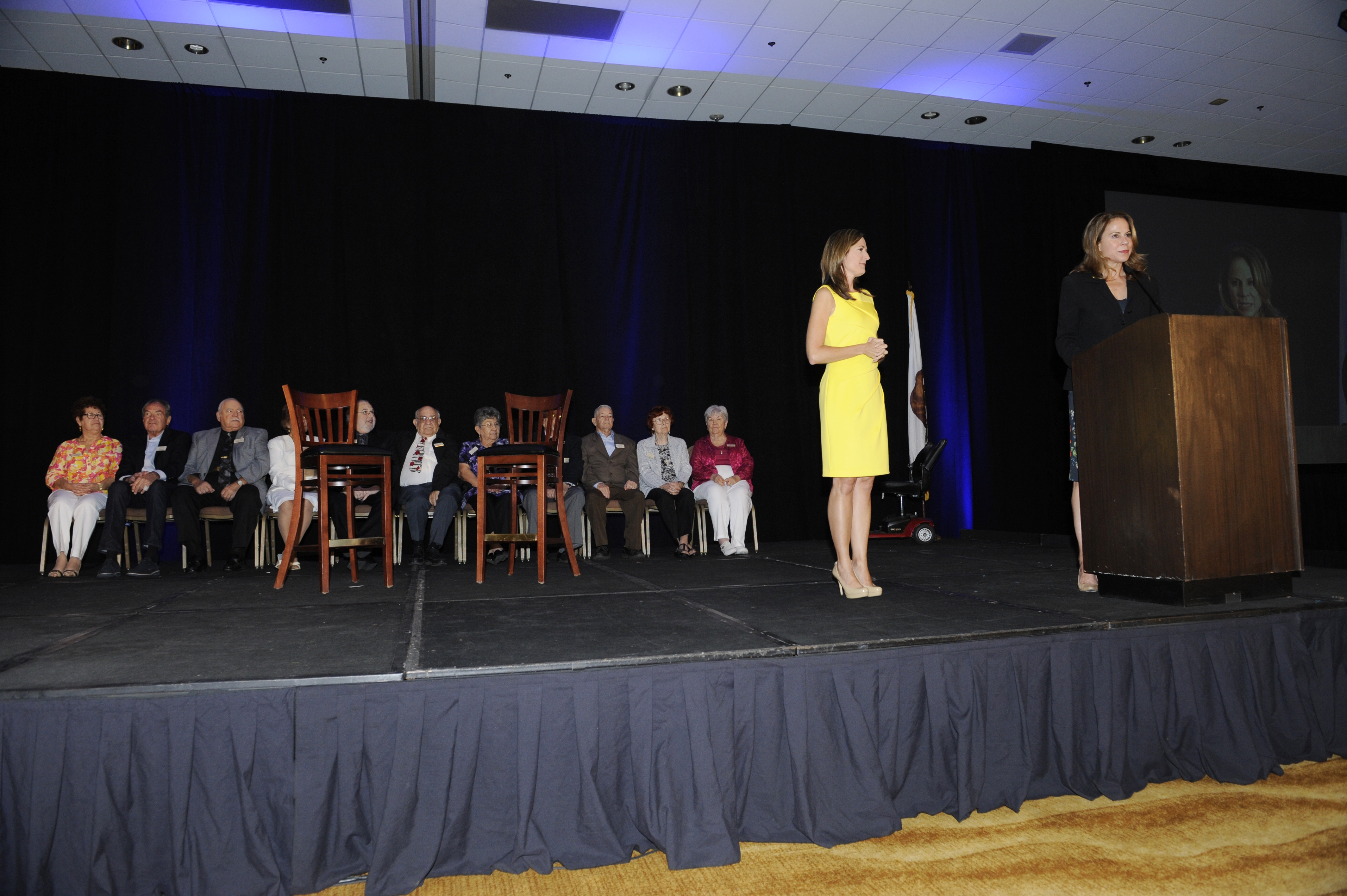 Brooke and Jan Harnik_honorees on stage
