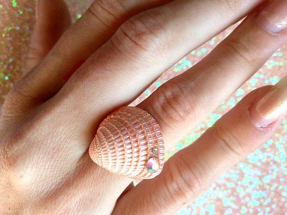 טבעת צדף ורוד וסברובסקי