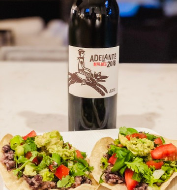 Black Bean Tostadas #gamechangersmovie recipe. #eatlikeagamechanger #vinoandveggies
