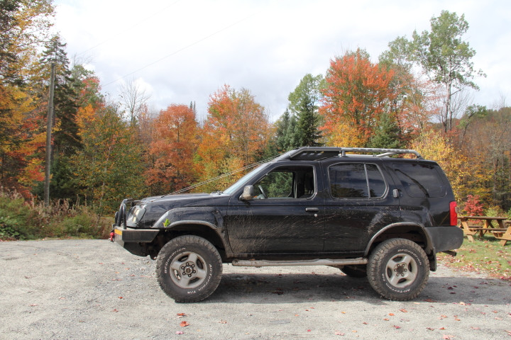 Profile view of the Xterra.