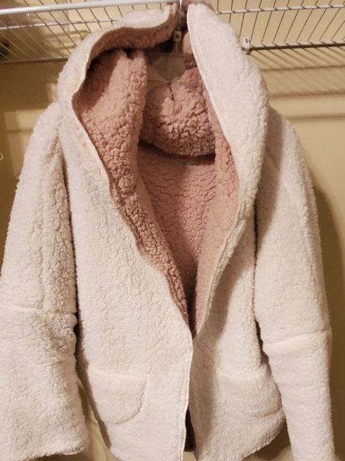Wool like Coat, pockets, hood, no buttons