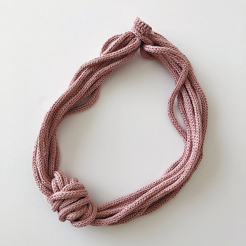 knot opium pink