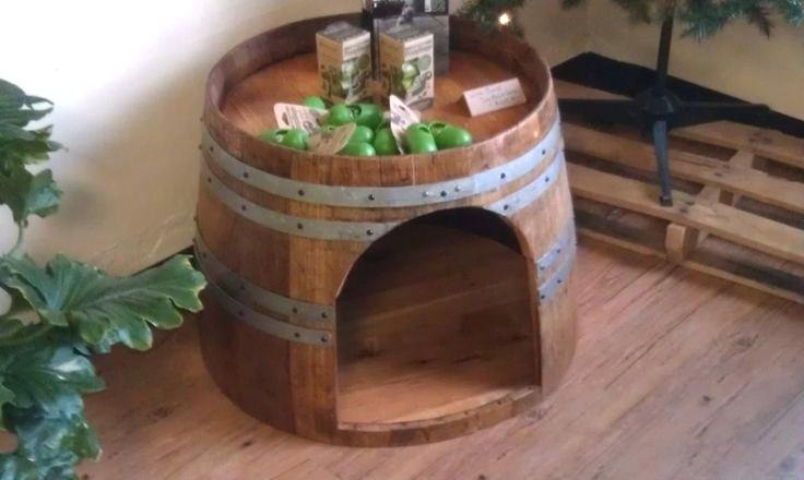 Winebarreldoghouse