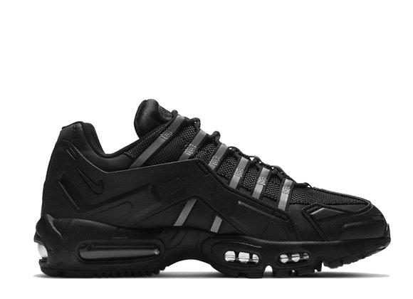Nike Air Max 95 NDSTRKT Black-Black