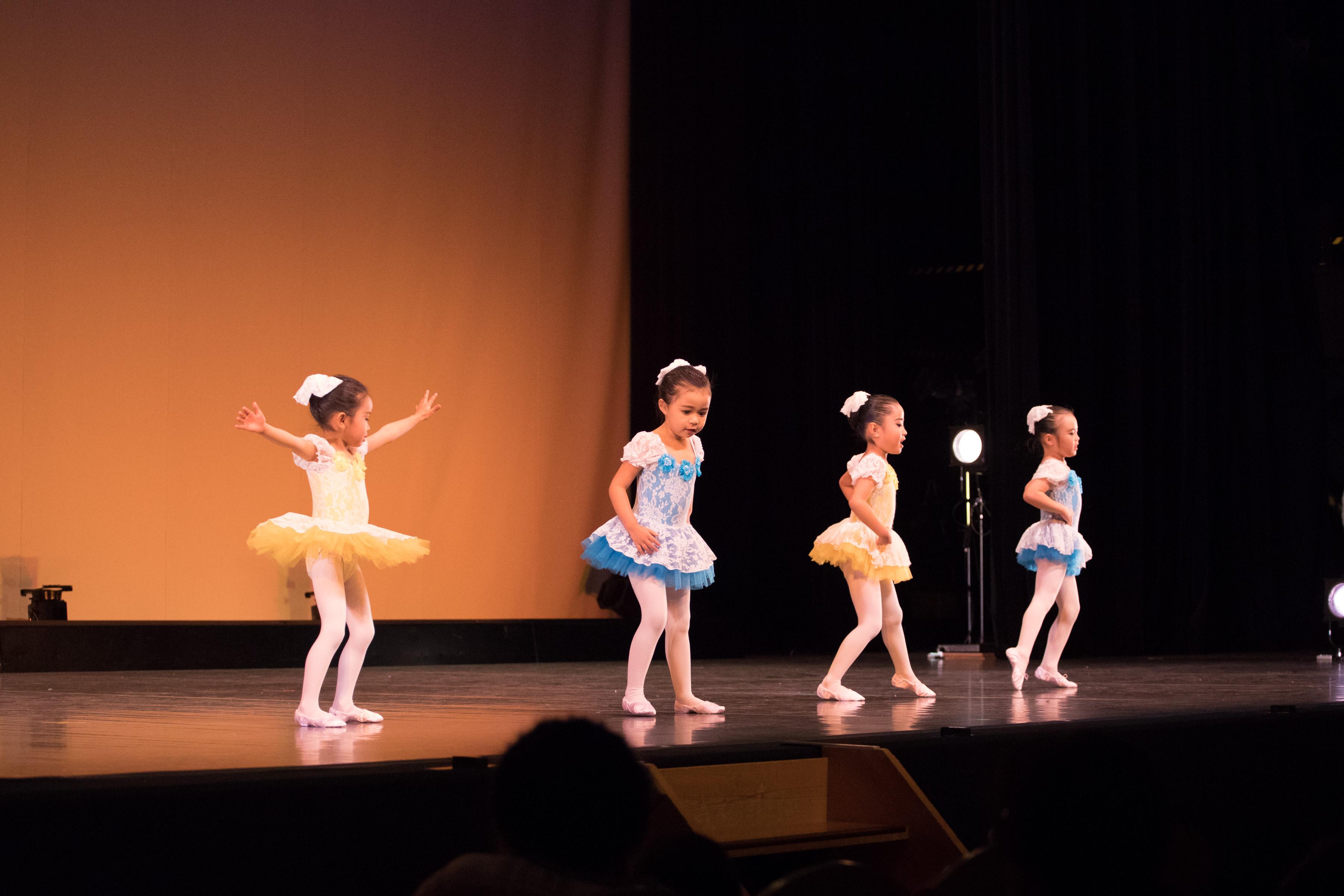 土曜日クラシックバレエ幼稚園クラス
