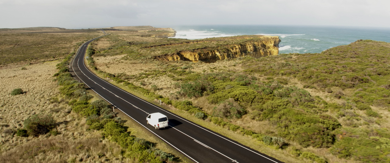 Driving along the Great ocean road