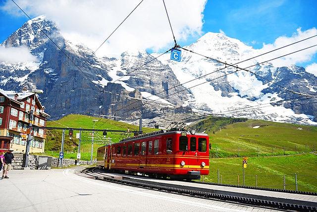 스위스 인터라켄 융프라우 클라이네샤이덱 산악여열차