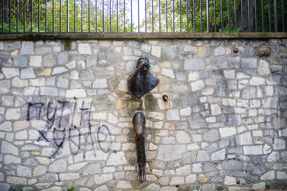벽을 뚫는 남자 몽마르트 언덕 파리여행 프랑스여행 유럽여행