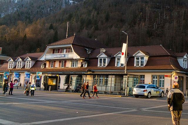 스위스여행 인터라켄동역