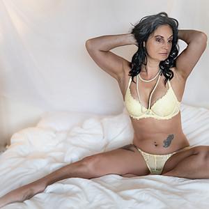 Emma Boudoir