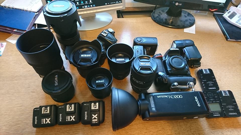 Wedding photographers camera gear