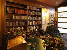 Dickens Room 089.jpg