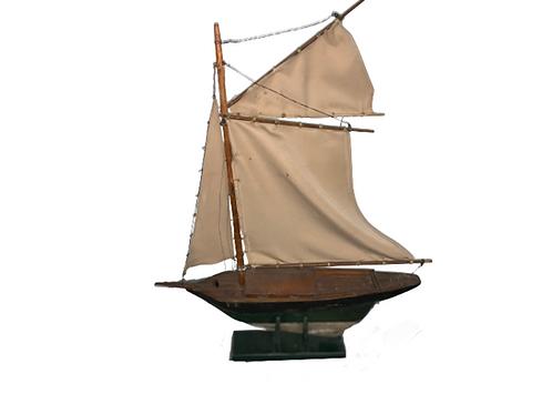 Wood sailing ship model
