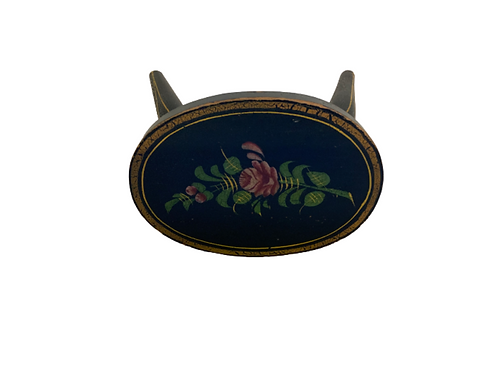 Pennsylvania oval paint decorated footstool or cricket