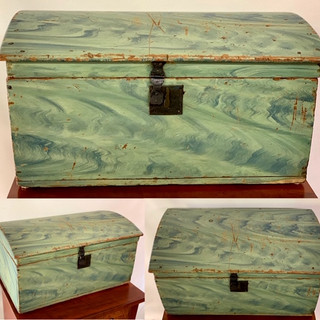 New England paint decorated box ,1850s both 8