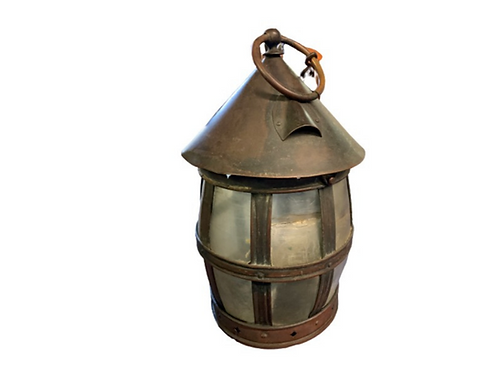 BRASS PANELED CANDLE LANTERN WITH HORN