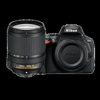 Nikon D5600 + 18-140mm
