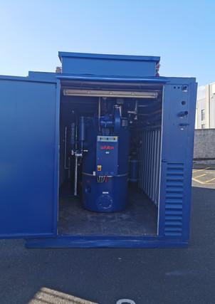 Fully packaged 320Kg/hr Nat gas fired mobile steam boiler house.jpg