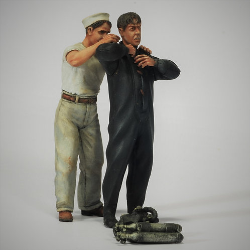 Cod. 4069 ITALIAN FROGMAN AND SAILOR