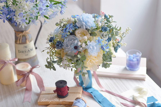 [Artificial Bouquet] Think Different, we can creating and make art for those of people.
