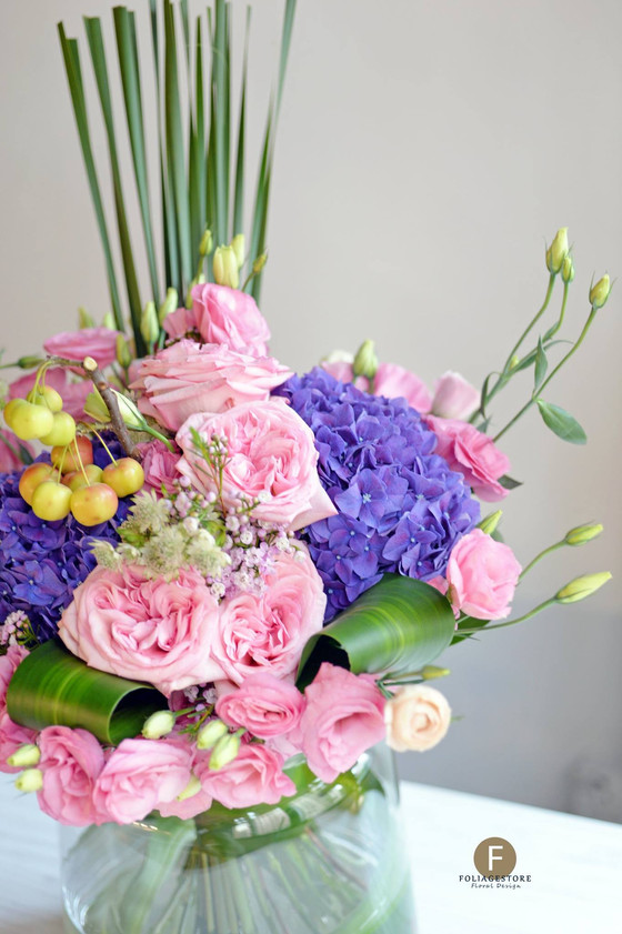 [F. Arrangement] Floral centerpiece , we style them into our masterpieces for your event.