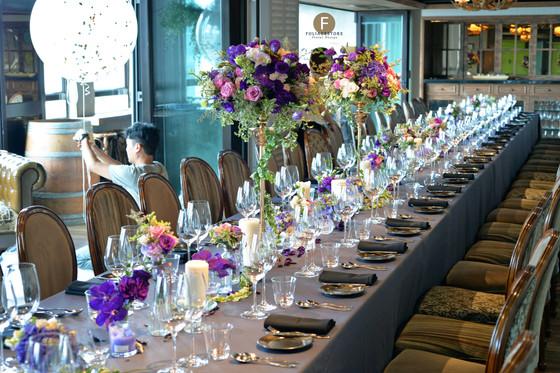 Long table centerpieces arrangement