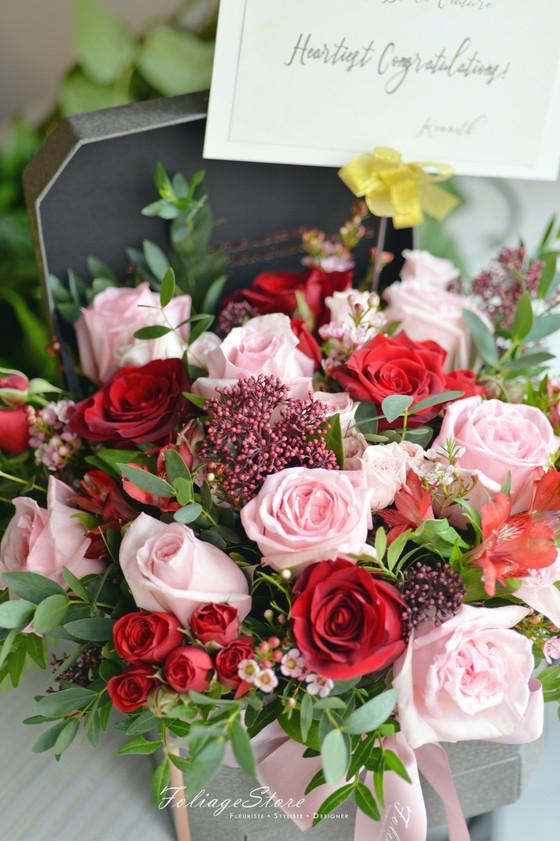 [ Fresh Flower GiftBox ] Comprising seasonal fresh flowers
