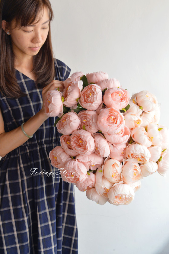 [ Artificial Blooms ] New Collection of Foliagestore silk flowers present.