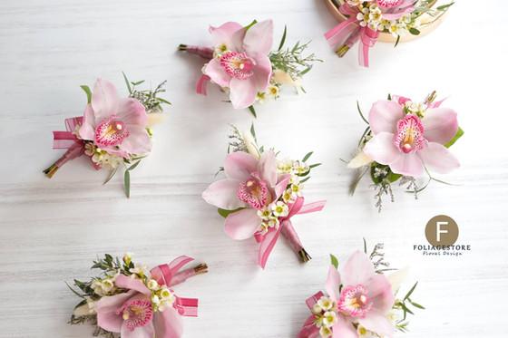 淺粉蕙蘭 -- 晚宴慶典襟花