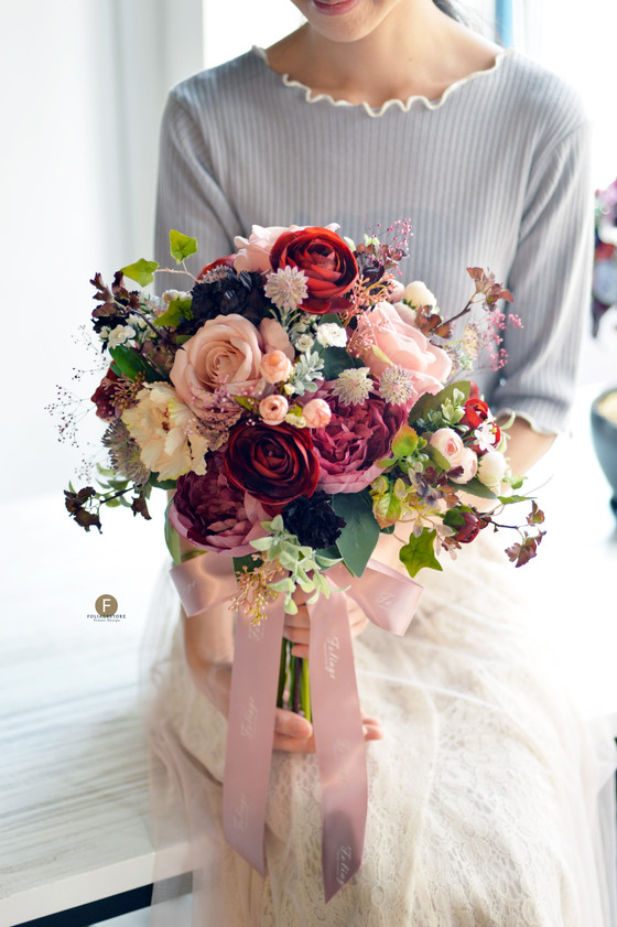 [Artificial Bouquet] 庭園玫瑰牡丹絲花球 - 紅 X 白系列