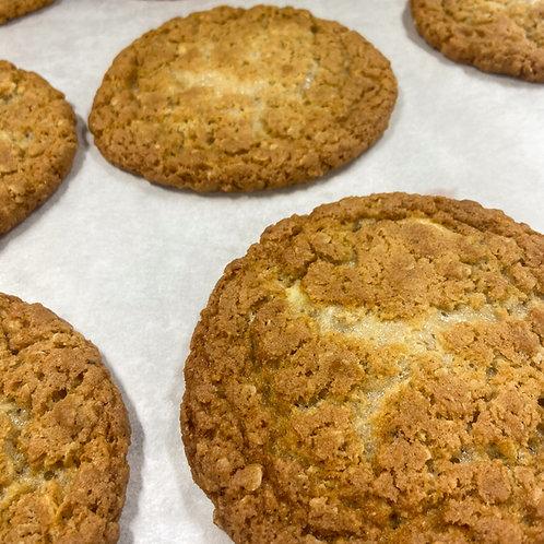 White Chocolate & Maple Cookies (pk of 6)