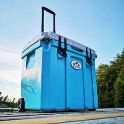 35L Chilly Ice Box Wheeled Explorer