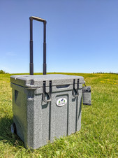 35L Cooler with Wheels