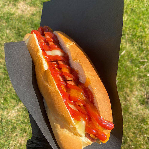 Hot Dog on a Bun - Classic Toppings