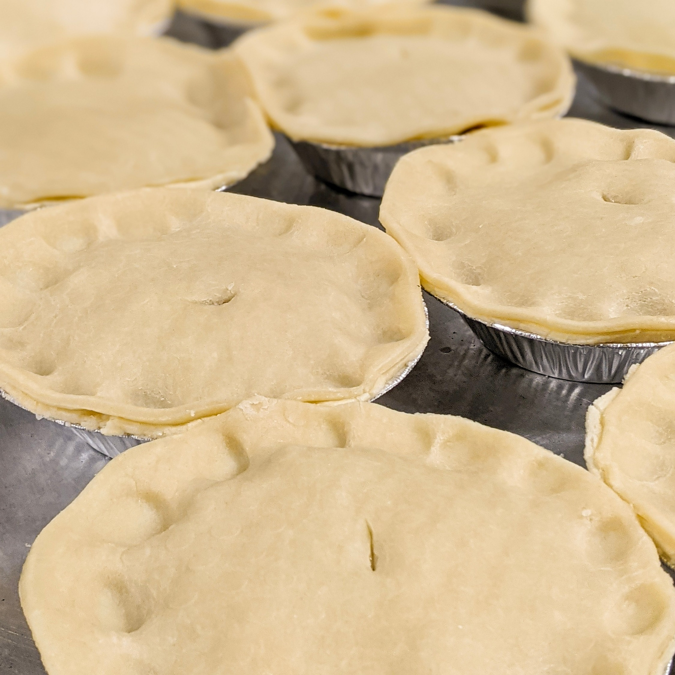 "5"" Meat Pies Chicken, Beef, or Turkey (stack of 4)"
