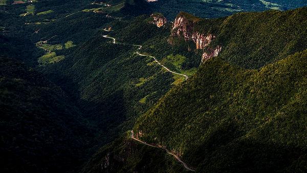 1280px-Serra_do_Rio_do_Rastro,_Santa_Catarina,_Brasil.jpg
