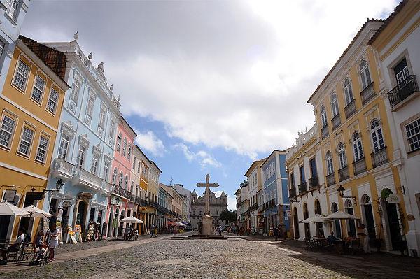 Pelorinho_-_Salvador_Bahia.jpg